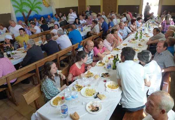 Comida-popular-Tajueco-San-Antonio-2016-1
